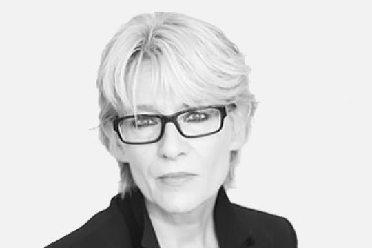Dr. iur. Inge Hochreutener